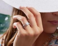 Recarlo Anello Solitario in oro bianco Diamante taglio Brillante 1 carato colore eccezionale E